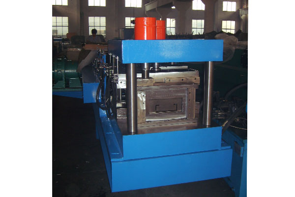 c-purlin-roll-forming-machine.jpg
